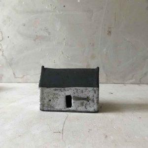 Long House 9