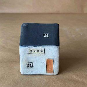 Soon Small House