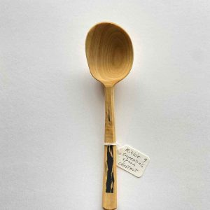 Rikkie freestyle chestnut eating spoon 2